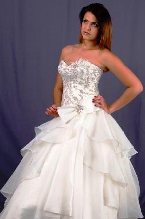 wd111ydwo992757-wedding-dressesgownstrourokke-