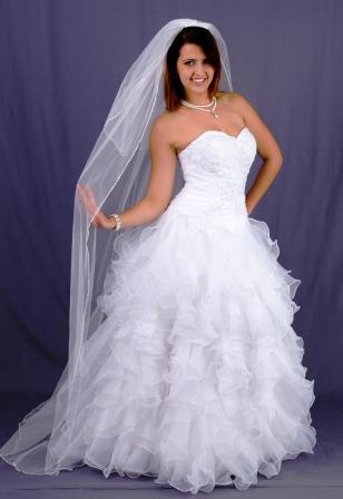 wd92ydw13177-wedding-dressesgownstrourokke-