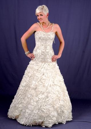 wd113ro13157-front-wedding-dressesgownstrourokke-