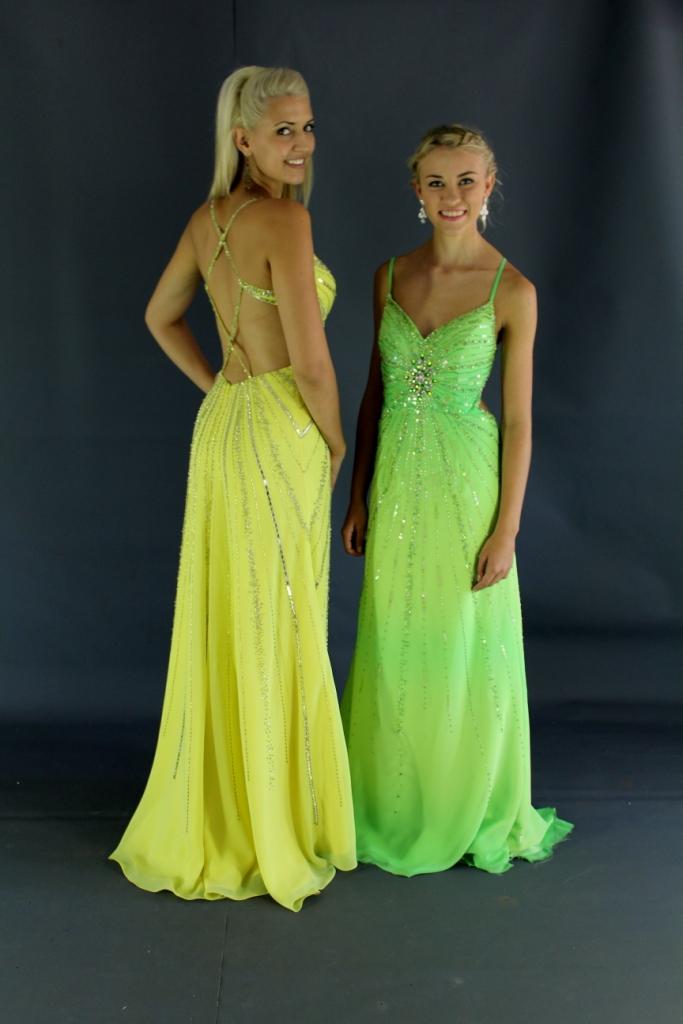 sf3653soft-flowy-dresses-