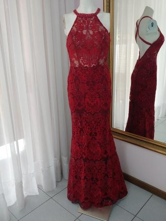 ff2113form-fitted-dresses