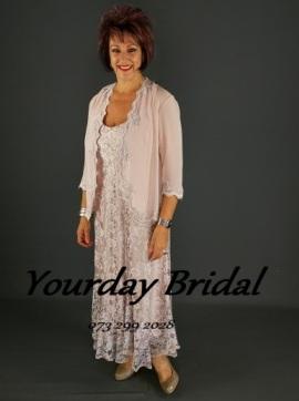 mother-of-the-bride--groom-6her84200