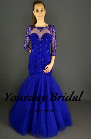 ff24853-form-fitted-dresses-