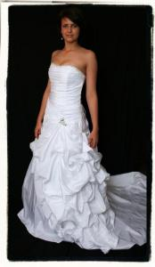 WEDDINGDRESSES_2.2677.jpg